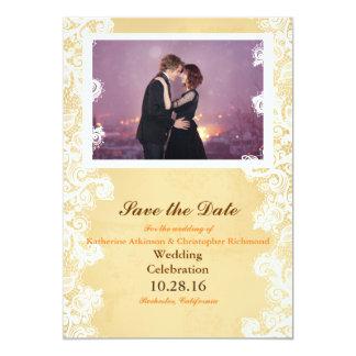 Dança Loving do casal na cidade da noite Convite 12.7 X 17.78cm