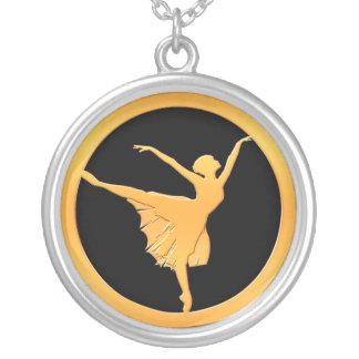 Dançarino de balé do ouro colar banhado a prata