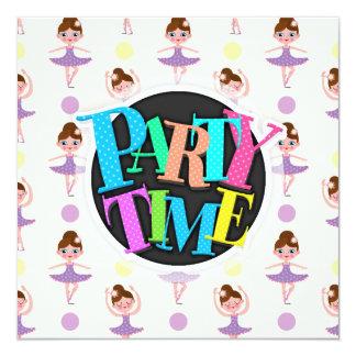 Dançarino de balé roxo e amarelo bonito, bailarina convites personalizados
