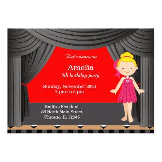Dançarino do aniversário convite