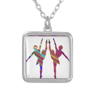 Dançarinos de BALÉ:  Formações muito artísticas da Bijuterias