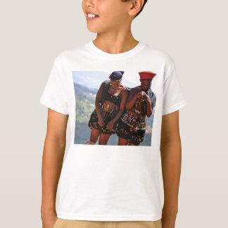 dançarinos do tribo Zulu Camiseta