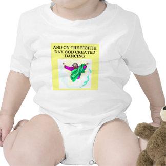 danciing criado deus t-shirts