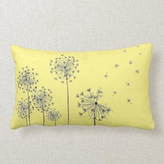 Dandelion flowers almofada lombar