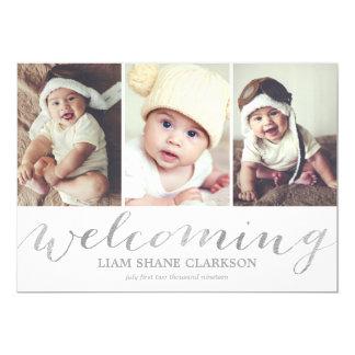 Dando boas-vindas ao anúncio do nascimento da foto