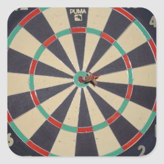 Dart_Board, _Red_Dart, _Bulls_Eye, _Sticker. Adesivo Quadrado