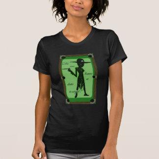 Data com uma bola oito t-shirt