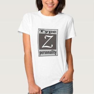 Datilografe o t-shirt da personalidade de Z