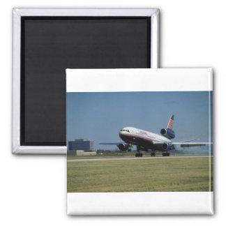 DC-10 de Douglas na decolagem Ímã Quadrado