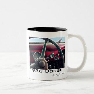 """De """"© 2010 S.J. 1936 Dodge"""" Caneca Dois Tons"""