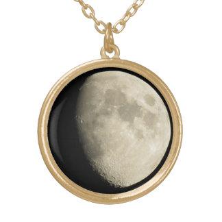 "De ""colar da lua outubro"" colar com pendente redondo"