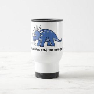 """""""Dê-me o café e ninguém obtem as canecas de viagem"""