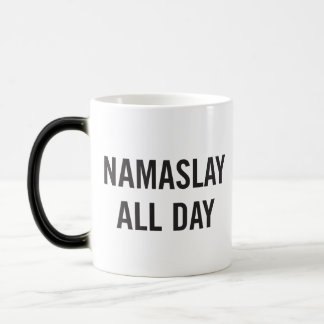 De Namaslay caneca de café o dia inteiro