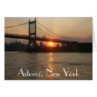 """De """"ponte RFK no por do sol"""" Astoria, cartão de NY"""