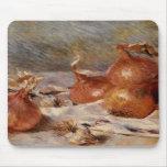 De Renoir a vida ainda com cebolas (1881) Mouse Pads