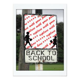 De volta ao quadro da foto do sinal da escola convites personalizados