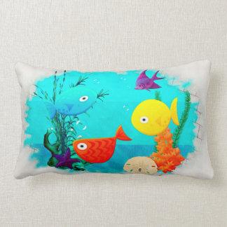 Decoração dos peixes dos desenhos animados do travesseiro