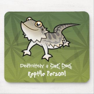 Definida uma pessoa do réptil (dragão farpado) mouse pad