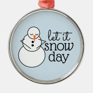 Deixais lhe para nevar enfeites de natal do dia