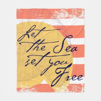 Deixe o mar ajustá-lo livre cobertor de velo