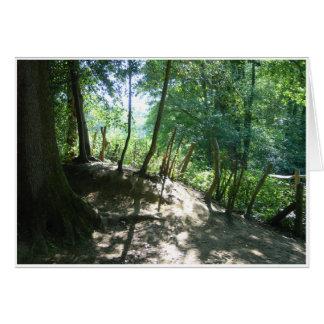 Dentro da floresta cartão comemorativo