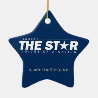 Dentro do ornamento da estrela