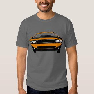 Desafiador novo de Dodge Camisetas