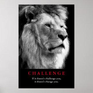 Desafio inspirador do leão branco preto poster