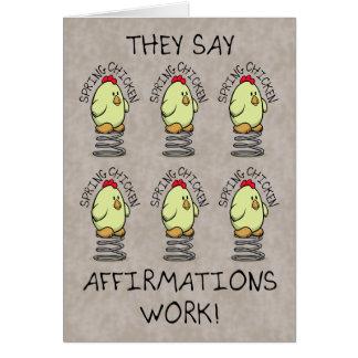 Desejos engraçados do aniversário, galinha de cartão comemorativo