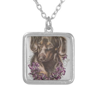 Desenho da arte do cão e dos lírios do Dachshund Colar Banhado A Prata