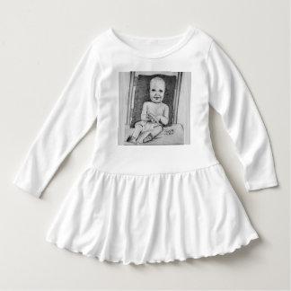 Desenho do bebê vestido