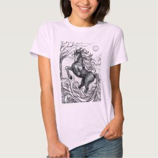 Desenho preto & branco do unicórnio preto dos tshirts