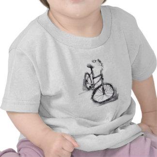 Desenho preto e branco da bicicleta camiseta