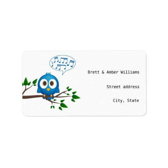 Desenhos animados azuis bonitos do pássaro do etiqueta de endereço