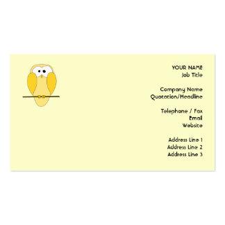 Desenhos animados bonitos da coruja. Amarelo Modelo De Cartões De Visita