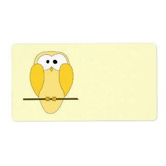 Desenhos animados bonitos da coruja. Amarelo Etiqueta De Frete