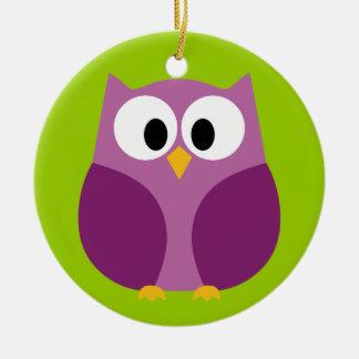 Desenhos animados bonitos da coruja - roxo e verde ornamento de cerâmica redondo