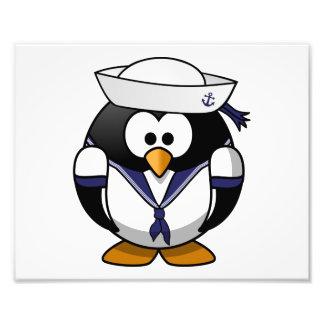 Desenhos animados bonitos do pinguim do marinheiro impressão de foto