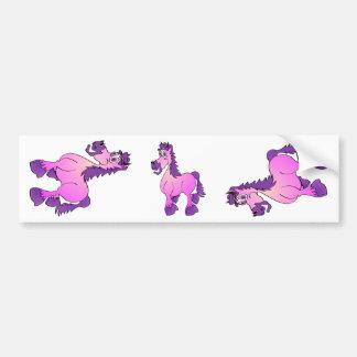 Desenhos animados cor-de-rosa do cavalo