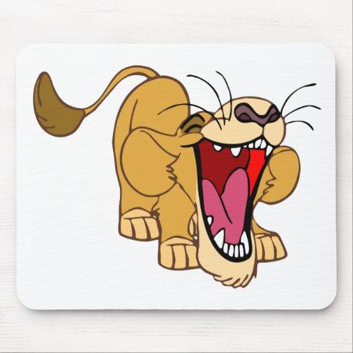 Desenhos animados do filhote de leão mouse pad