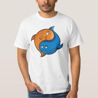 Desenhos animados dos peixes de Yin Yang T-shirts