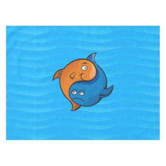Desenhos animados dos peixes de Yin Yang Toalha De Mesa