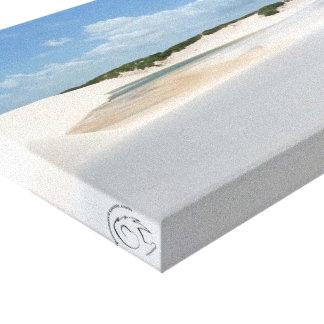 Deserto branco com lagoa azul impressão em tela