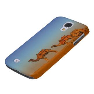 Deserto de Thar, Rajasthan India. Camelos ao longo Capas Personalizadas Samsung Galaxy S4