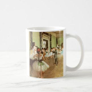 Desgaseifique a caneca de café da classe de dança