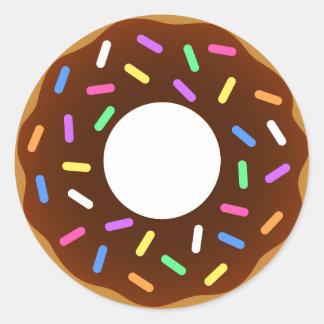 Design animado da rosquinha adesivo redondo