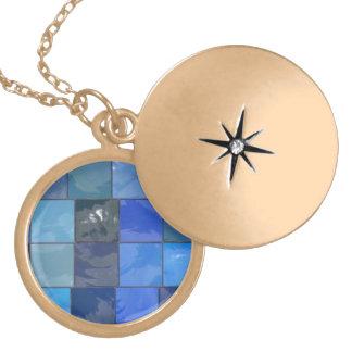 Design azul dos azulejos do banheiro locket