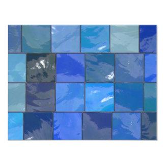 Design azul dos azulejos do banheiro convite 10.79 x 13.97cm