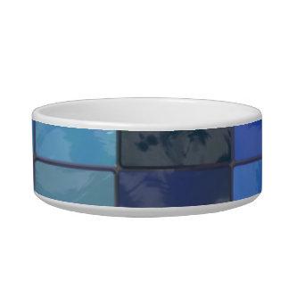 Design azul dos azulejos do banheiro tijelas para comida de gatos
