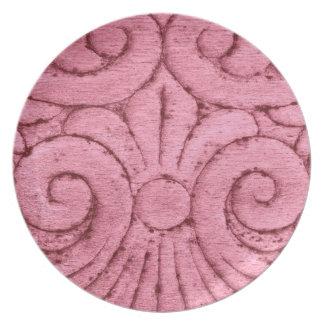 Design cor-de-rosa bonito do teste padrão da flor  louças de jantar